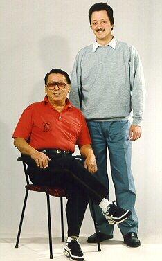 Sifu Wong Kiu en zijn opvolger Sifu D. Wachtberger